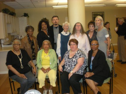Frances Sternhagen with audience members & workshop participants poets and writers Felicity Dell'Aquilla-Geyra, Virginia Gilley, Zaharra Meyers, Sureta Overton and Peter Velloti. Seated JoAnn Trifono, Garito Manor and Lorraine Currelley, Founder Poets Network & Exchange.